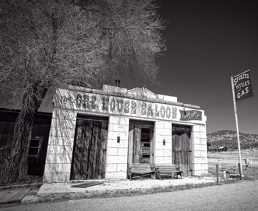 [159] The Ore House Saloon in Ione